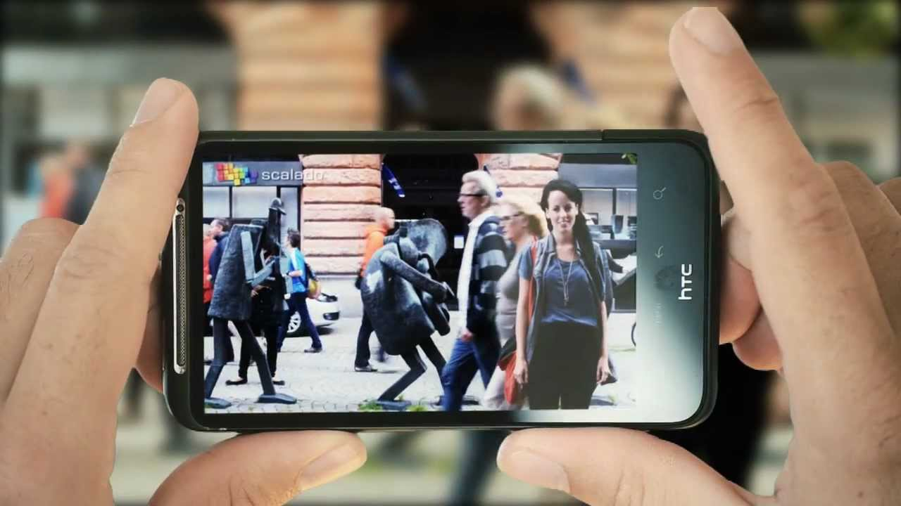 New Camera Technology Erases People In The Background Of Your Pictures