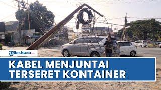Truk Kontainer Sambar Kabel yang Menjuntai di Serpong, 1 Tiang Roboh dan Hampir Timpa Pedagang Jus