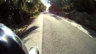 preview picture of video 'Back roads of Bermuda on a Honda MB100 (H100a)'
