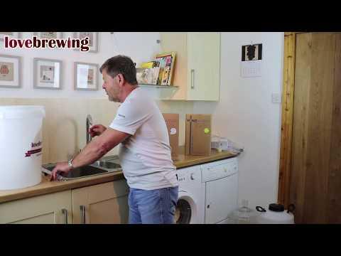 Beginners Wine Making Part 2 - Making & Fermenting
