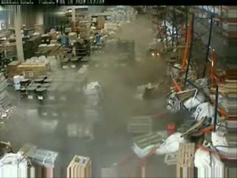 forklift fuck up crash home depot Lowes fork lift epic fail