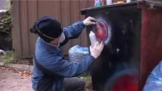 Смотреть онлайн Как научиться рисовать граффити баллончиком