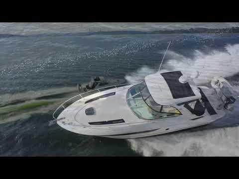 Sea Ray 350 Sundancer video