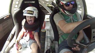 رد فعل طفل 5 سنوات يشارك والده في مغامرة دريفت