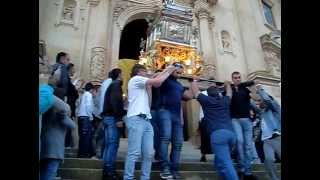 preview picture of video 'Festa San Giorgio Ragusa 2014 - Uscita Chiesa Anime Sante del Purgatorio, Sabato 31-05-2014'