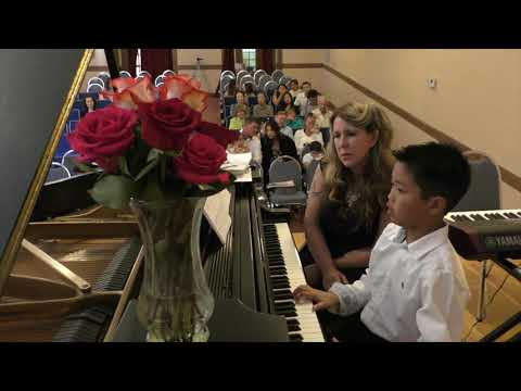 Matoush Melodies Piano Instruction student performing at the 2017 Annual Fall Recital. (Aged 9)