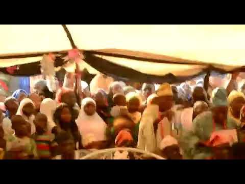 Alhaja Aminah Obirere dances with Kabiesi Olofa of Offa.
