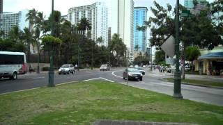 preview picture of video 'Kuhio Avenue and Kalakaua Avenue - The Gateway to Waikiki'