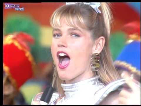 Xuxa - Festa do Estica e Puxa (clipe)