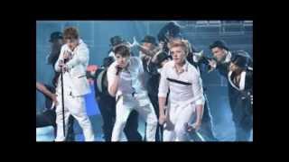District3 - RUNAWAY (lyrics)