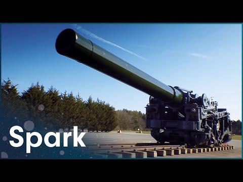 Transporting Massive World War One Artillery Gun 400 miles | Huge Moves | Spark