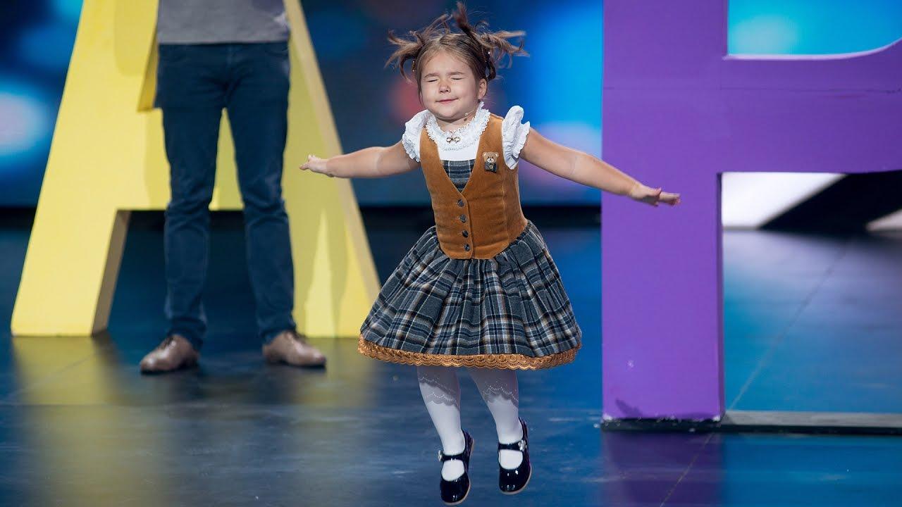 Четырёхлетняя москвичка Белла Девяткина продемонстрировала знание семи языков