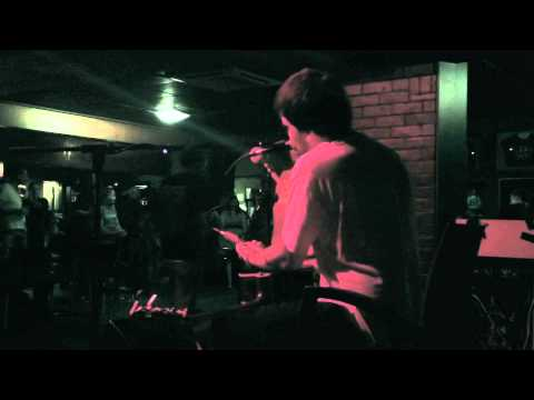 Another Brick In The Wall - Live & Looped @ The Prince of Wales