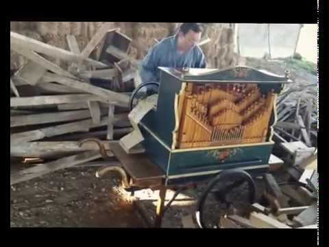 Smooth Criminal on a 18th century barrel organ