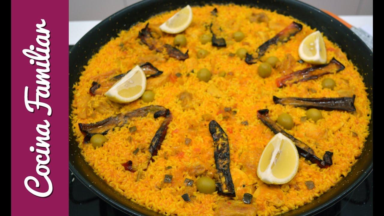 Paella de arroz con pollo al ajillo | Javier Romero