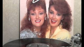 The Judds - Cry Myself to Sleep [original Lp version]