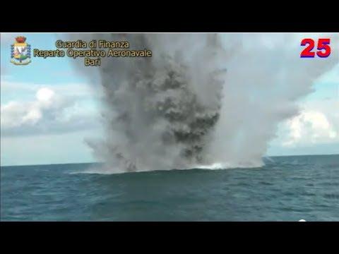 Bomba Seconda Guerra Mondiale Fatta Esplodere a Monopoli in Mare