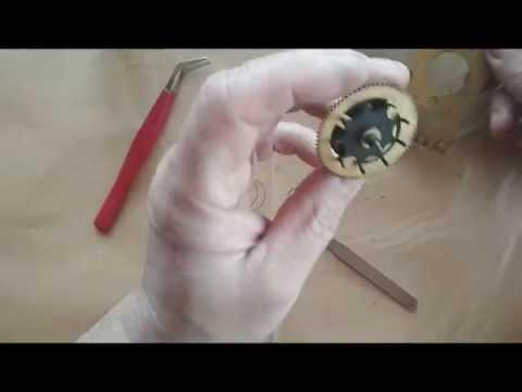 Часы с кукушкой. Ремонт механизма. Разборка.