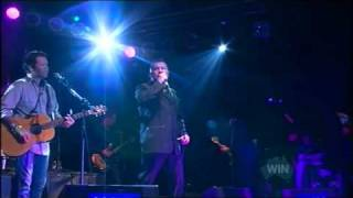 Jimmy Barnes & Troy Cassar-Daley - Bird on a Wire
