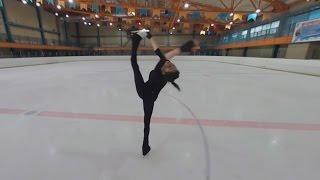 Спорт в 360: фигуристка Евгения Медведева демонстрирует свое мастерство на льду