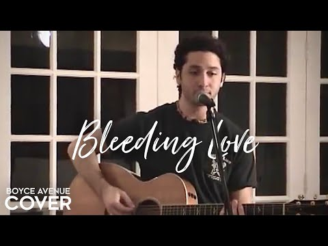 how to play bleeding love on acoustic guitar