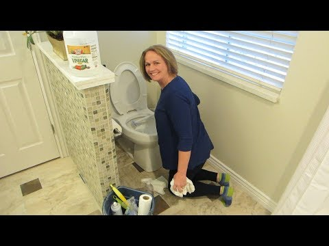 How To Clean a Bathroom and Keep It Clean!!