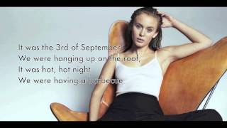 Zara Larsson - Rooftop (lyrics video)