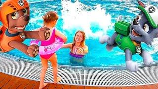Германия #3 Аквапарк Макс и Катя  Настя вTropical Islands катаемся с горок и плаваем в бассейне Kids