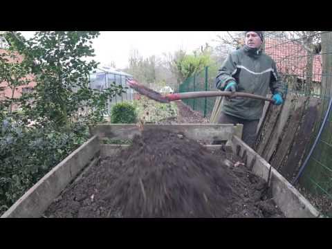 Eigenen Kompost herstellen und umsetzen
