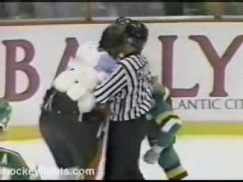 Terry Carkner vs. Curt Fraser