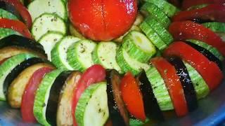 Овощи в духовке с соусом. Овощное рагу
