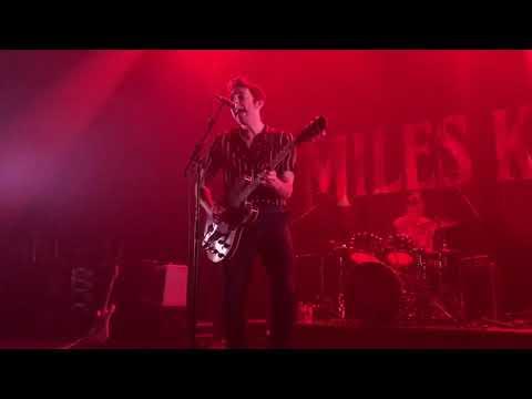Miles Kane - Shavambacu live @ La Belle Électrique (Grenoble / France)