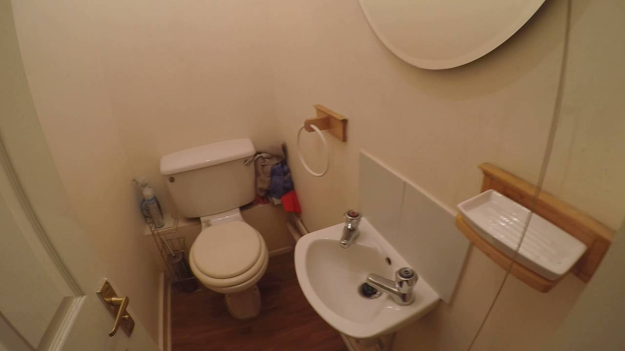 Fantastic rooms to rent in 3-bedroom apartment in central London - next to Oxford Street