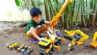 중장비 자동차 장난감 모래놀이 예준이의 포크레인 지게차 색깔놀이 Construction Vehicles Toy for Kids