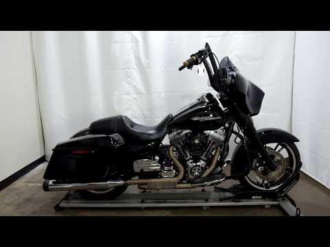 2014 Harley-Davidson Street Glide® in Eden Prairie, Minnesota - Video 1