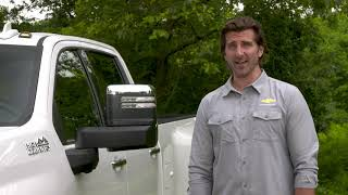 YouTube Video fqN9SwFFMtA for Product Chevrolet Silverado 2500HD & 3500 HD Heavy Duty Pickups (4th Gen) by Company Chevrolet in Industry Cars