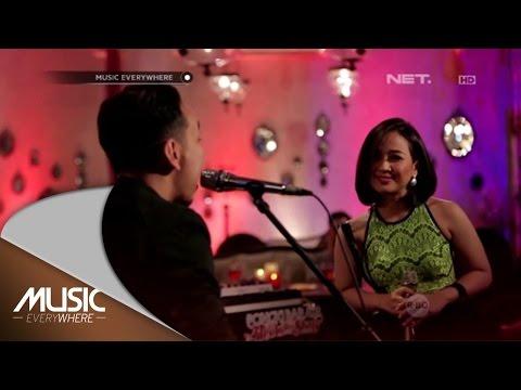 Pongki Barata ft Astrid - Bahagia Melihatmu Dengannya (Live at Music Everywhere) *