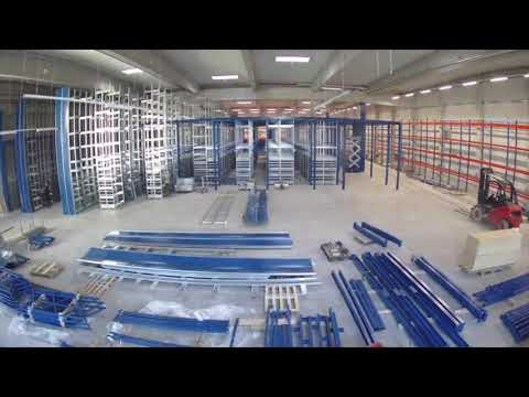 Montage einer Geschossanlage Fachbodenregale im Zeitraffer