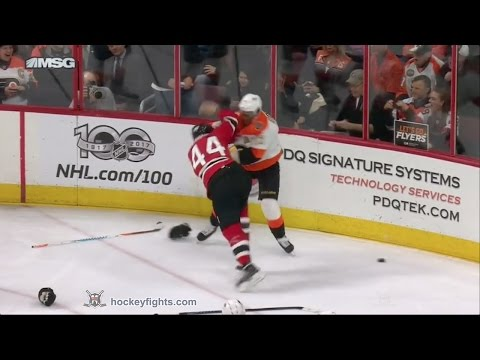 Miles Wood vs Wayne Simmonds