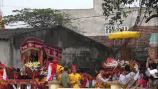 preview picture of video 'Lễ Hội Truyền Thống Làng Xâm Động 2013 [ Part 2 ]'