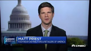Top retailers urge Trump to remove shoes from tariff list