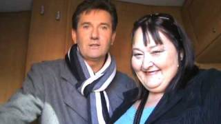Look after her Charlie Landsborough, Daniel o'donnell said so he! he!.
