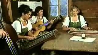 Flachauer Stubnmusi - YouTube