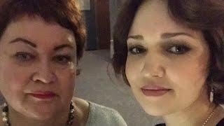 Новый Год 2019 с Мамой Отличника Мили Ванили и Мими Лисса