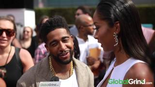 Does Omarion Eat His Girlfriend's Booty Like Groceries?
