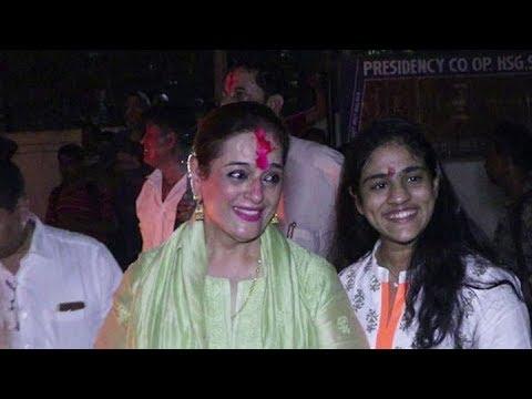 FULL: Holika Dahan celebrations at Juhu with Poonam Sinha