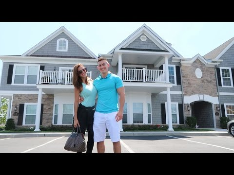 SHOPPING FOR A NEW HOUSE!!