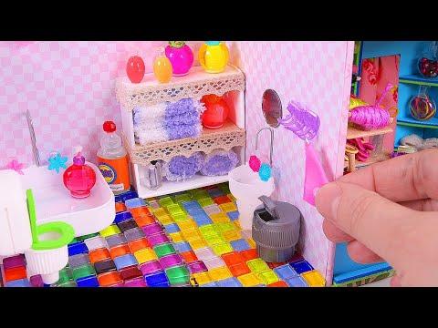 DIY Miniature Dollhouse: Bathroom of the