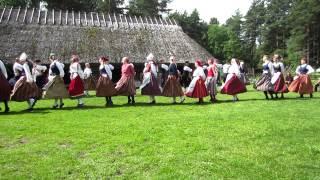 エストニア野外博物館のフォークダンス1