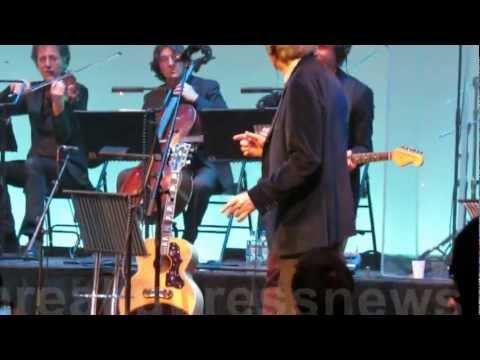 Franco Battiato, Centro Di Gravità Permanente, live at Barbican London